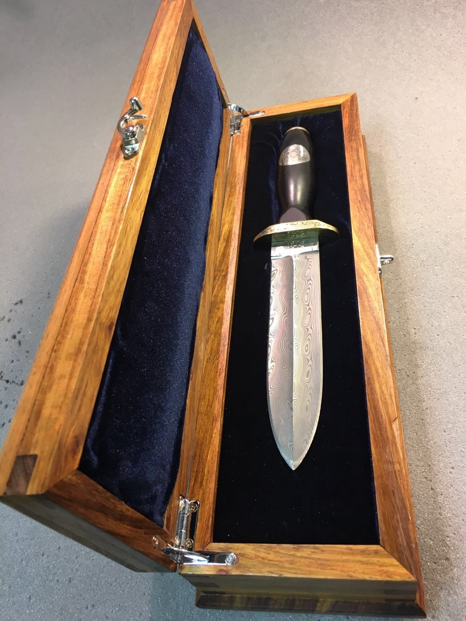 40 Year Commemorative dagger 32 Battalion